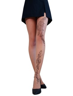 Cecilia de Rafael Tatoo Strumpfhose Tattoo bemustert