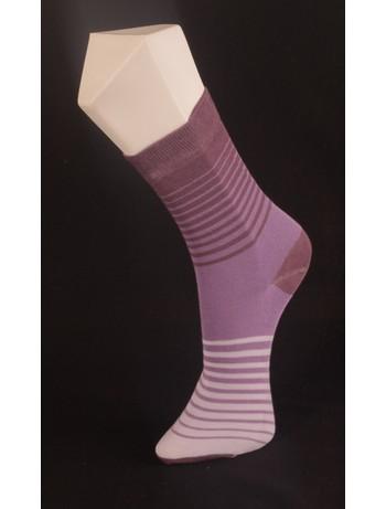 Giulia lila gestreifte Socken