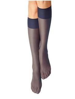 Nur Die Knie Seidenfein